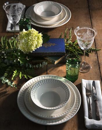 Portmeirion Botanic Garden Harmony 10.5 Inch Dinner Plate White